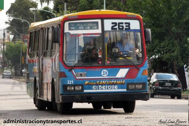 Buenos Aires 263 | San Vicente | El Detalle OA101 / SQH941