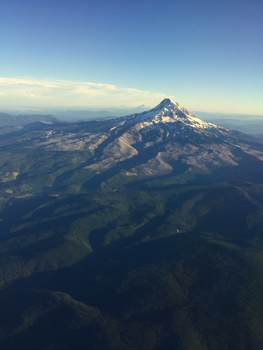 Mt. Hood on approach to PDX