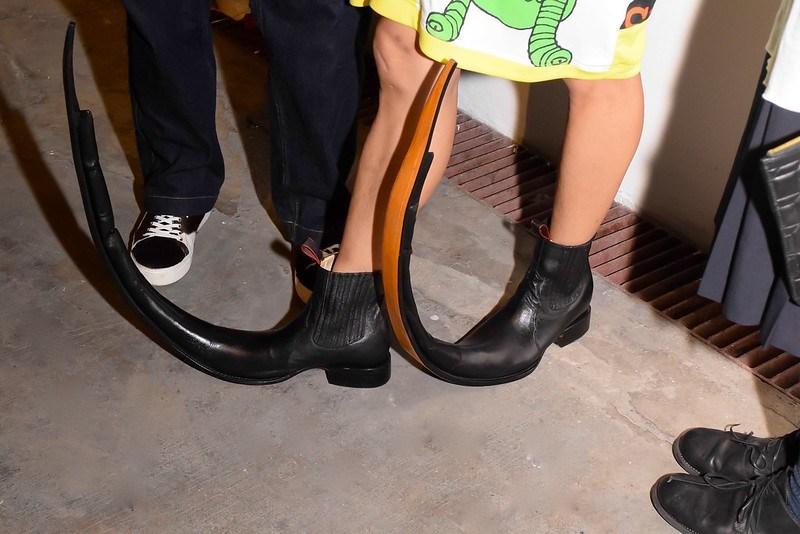 Jujiin's shoes
