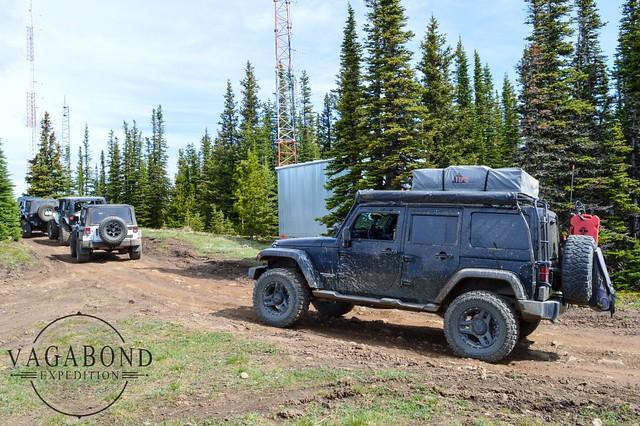 1024 - ve - ve jeep at radio towers limesetone DSC_5320