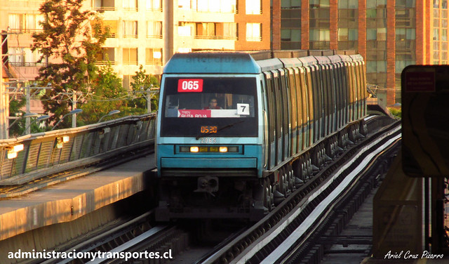 Metro de Santiago | Mirador - Bellavista de La Florida (L5) / Alstom NS93 N2065