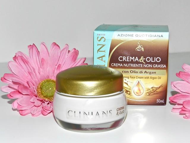 rigenerare la pelle: crema & olio clinians