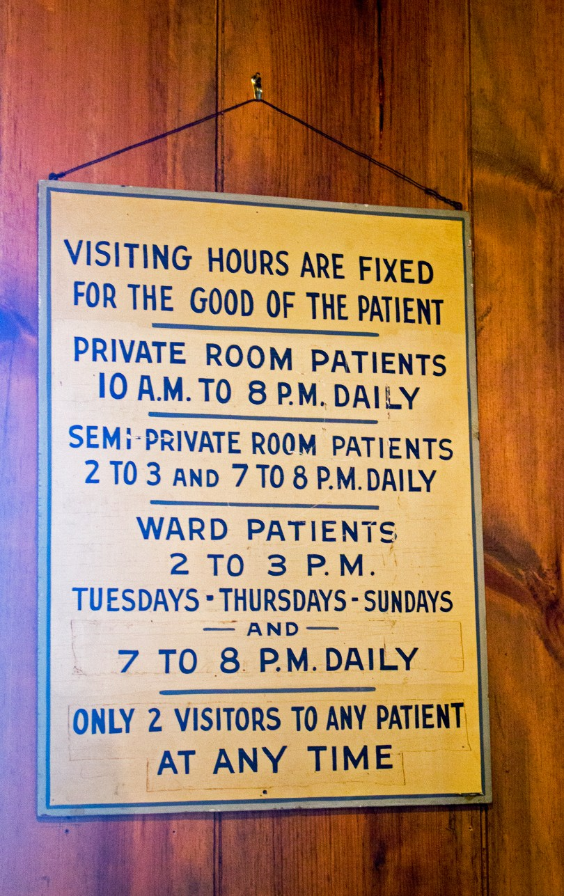 Visiting hours sign