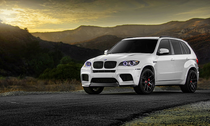 Choose from a massive selection of. Hd Wallpaper White Bmw X5 Suv Wheels Tuning X5m Mode Of Transportation Wallpaper Flare