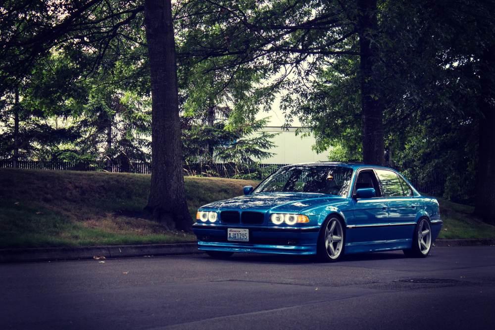 medium resolution of bmw e38 750il blue bmw sedan classic tuning stance road