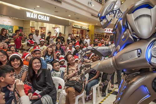2. Amazed by Titan the Robot show