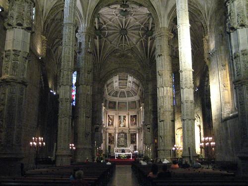 Interior del Monasterio de los Jerónimos. ViajerosAlBlog.com.