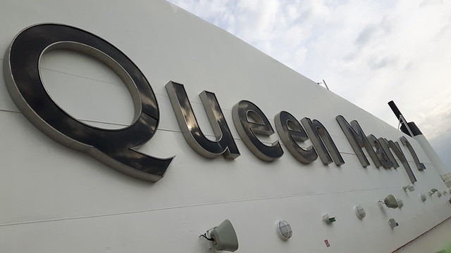 Queen Mary 2 (10)