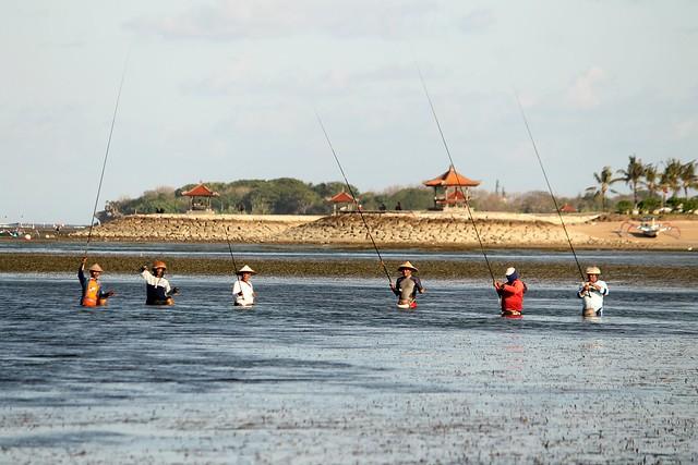 FIshermen at Tanjung Benoa Beach
