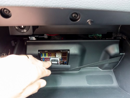 small resolution of installing a dashcam nissan qashqai forums image