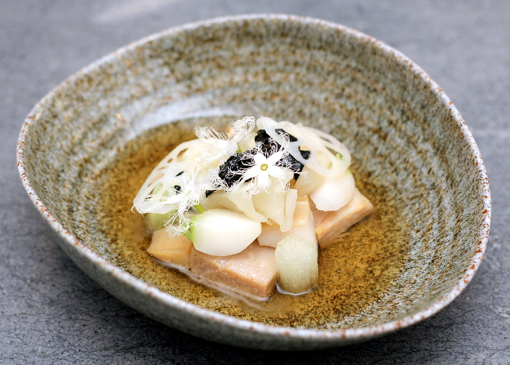 whitegrass-restaurant-slow-cooked-mangalica-pork-jowl-and-jade-tiger-abalone