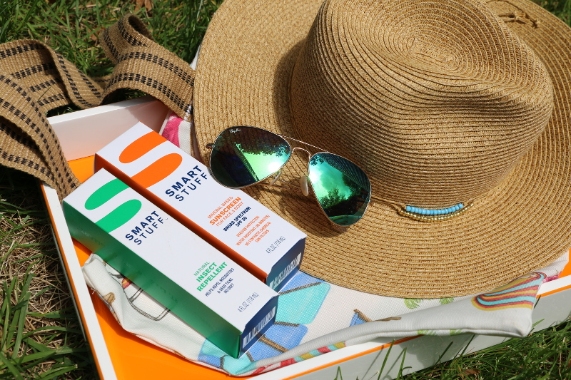 smart-stuff-sunscreen-hat-sunglasses-tote-2