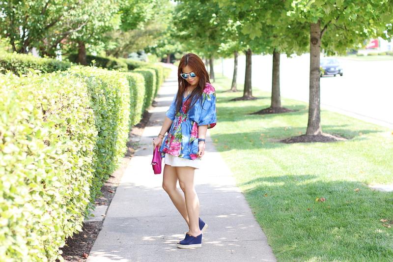 kaftan-floral-blouse-shorts-slip-ons-2