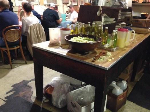 Doe's Eat Place, Greenville MS