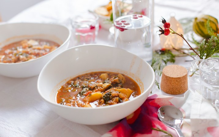 Black-Eyed Peas, Sweet Potato and Kale Soup