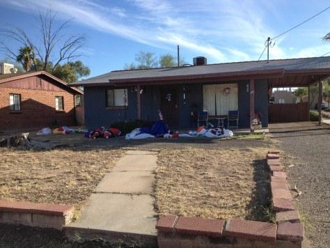 Tucson collapsed santa