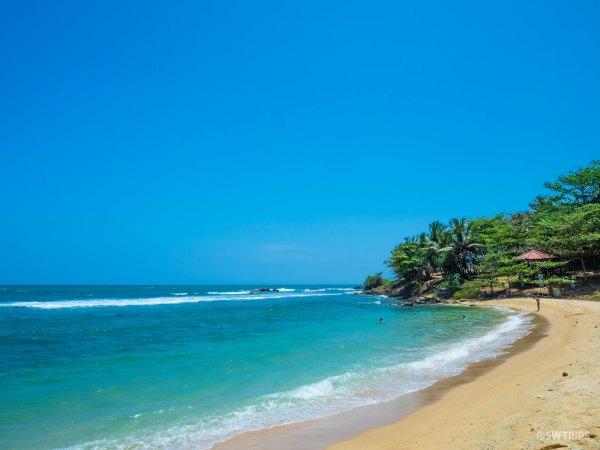 Tangalle Beach - Tangalle, Sri Lanka.jpg