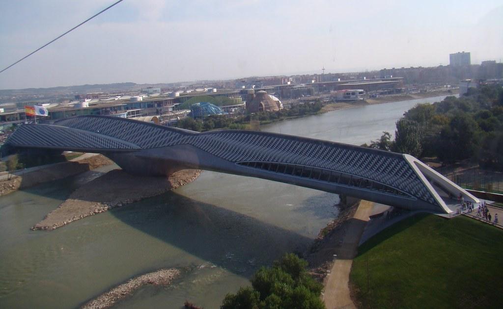 Zaragoza Expo 2008 Acceso al recinto Pabellon Puente 005