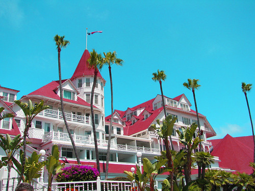 One of my favorite hotels, the Hotel del Coronado. (Image by Rennett Stowe via Flickr.)