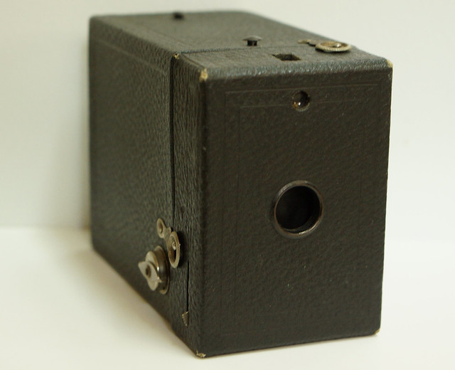 Kodak No. 2 Hawkeye Model C Box Camera