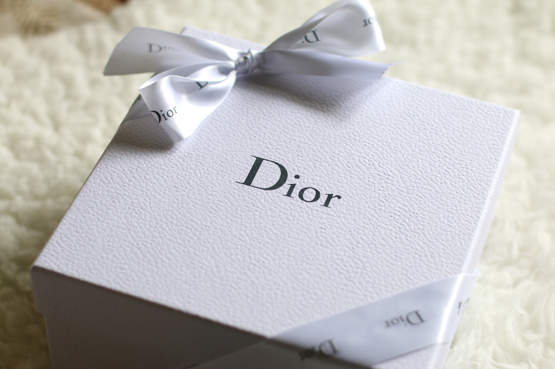 House-of-Dior-Gift-box-1