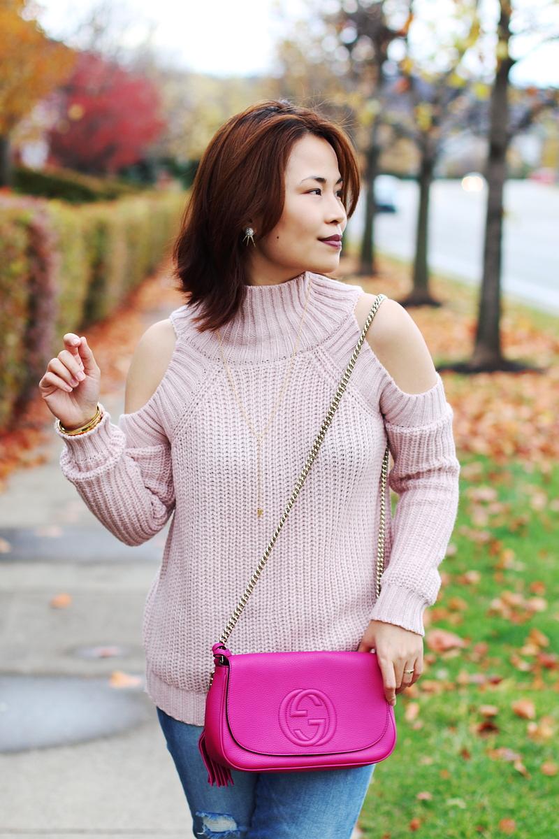 cold-shoulder-pink-sweater-gucci-bag-1