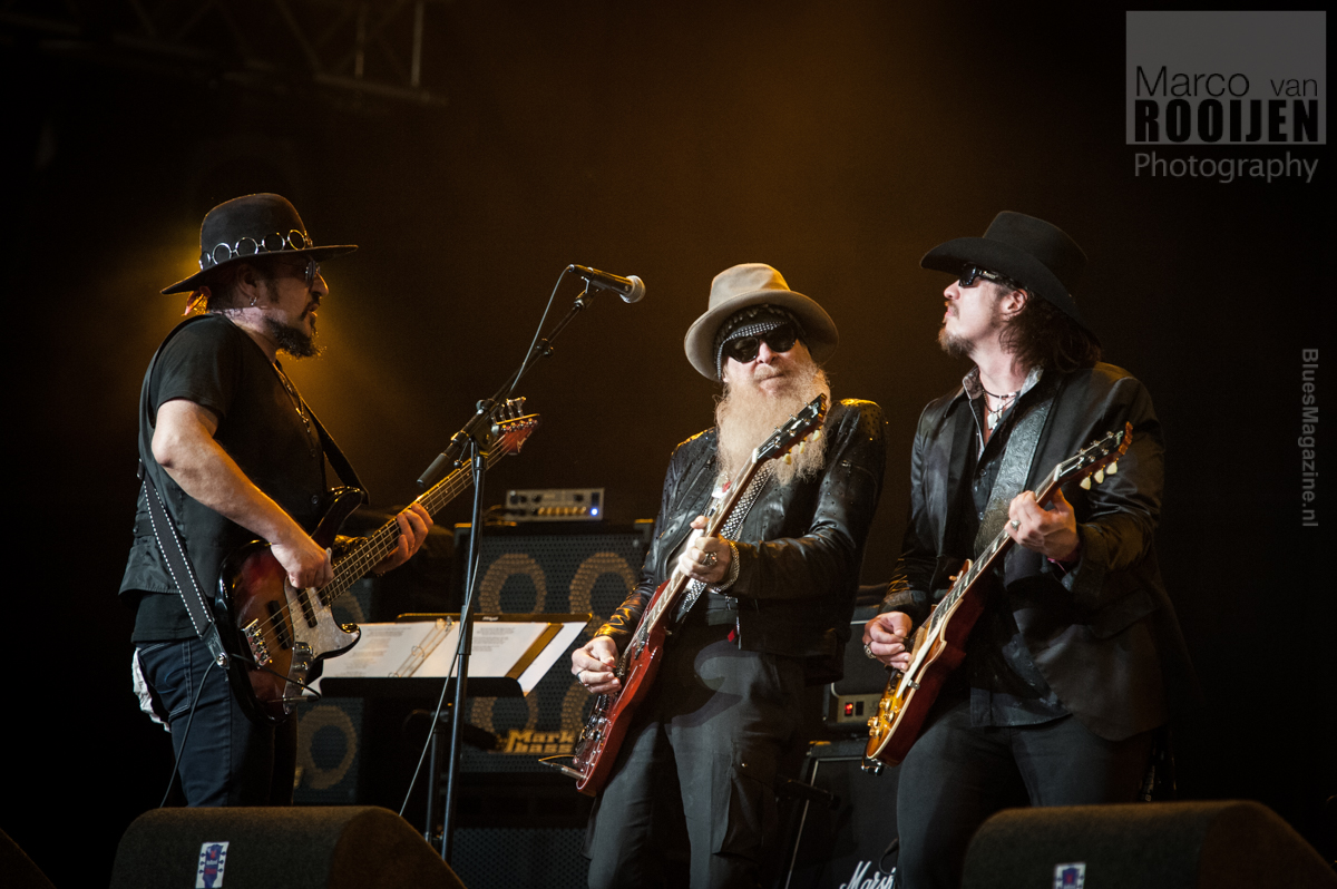 Supersonic Blues Machine ft. Billy Gibbons, Robben Ford, Walter Trout, Lance Lopez