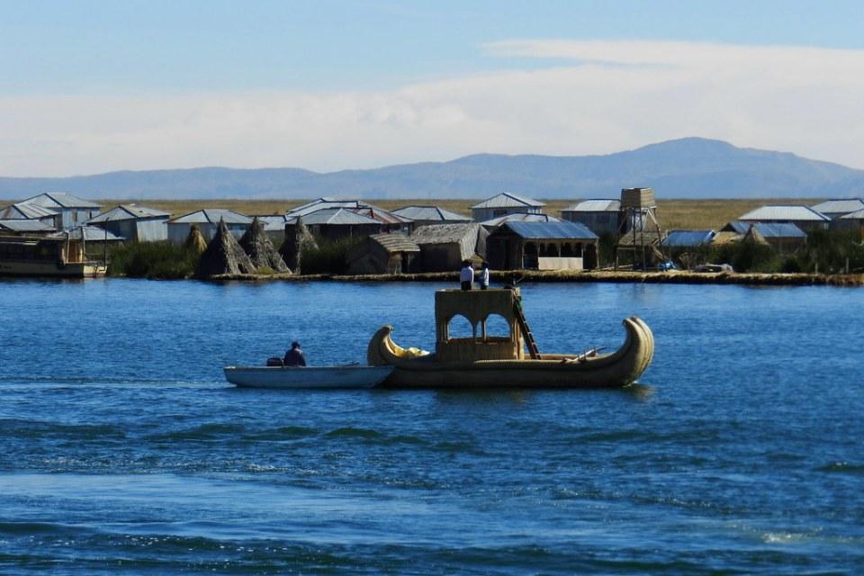 Lago Titicaca Islas flotantes de los Uros Peru 06