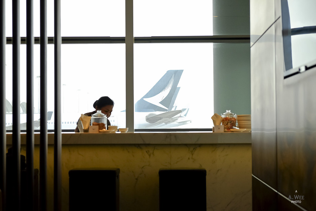 Review of Cathay Pacific flight from Hong Kong to Jakarta in Business