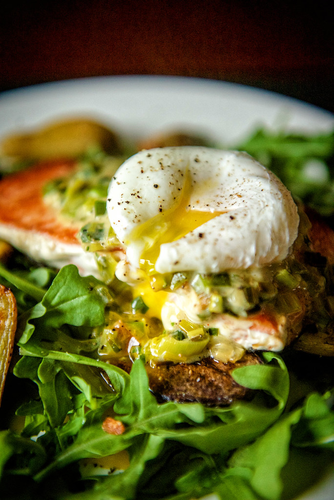 Whole 30 Pan Seared Salmon with Creamy Leaks and a Poached Egg {Girl Carnivore}
