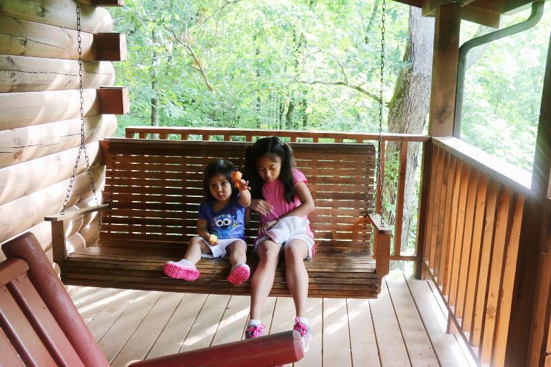 swing-kids-deck-log-cabin-26