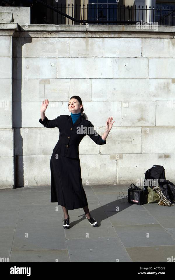 Busker London Stock & - Alamy