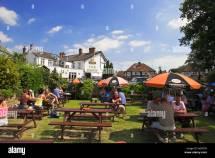 Beer Garden Swan Public House Walton Thames