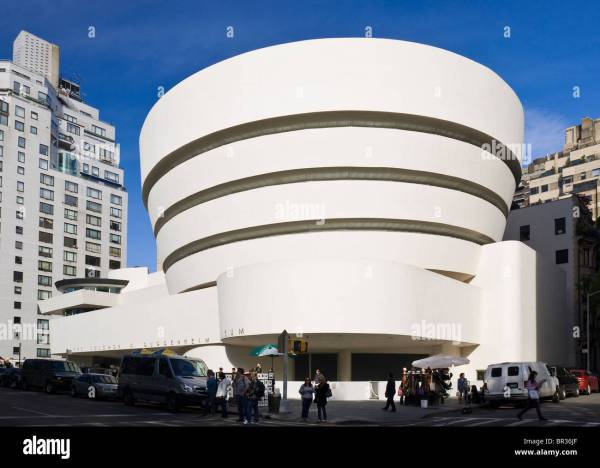Guggenheim Museum York City. Frank Lloyd Wright