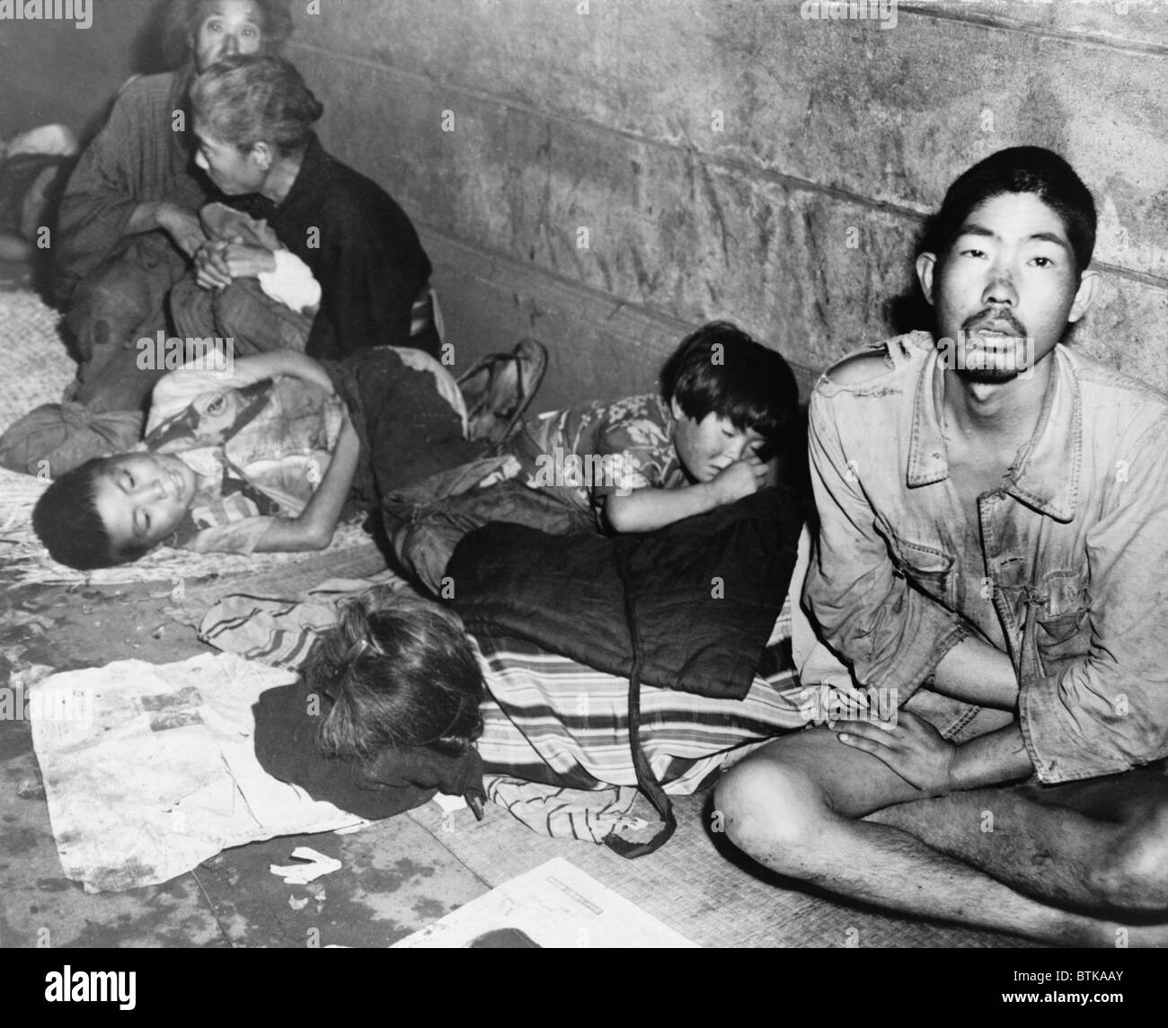 In Tokyo Months After Japan S World War Ii Surrender Homeless Stock Photo