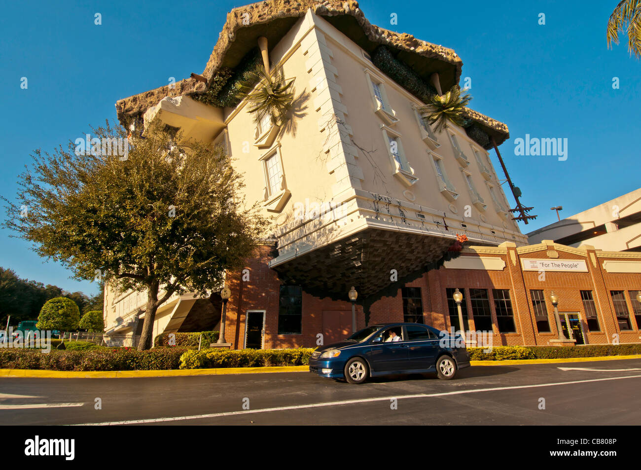 Wonderworks Attraction Upsidedown Building With Auto For