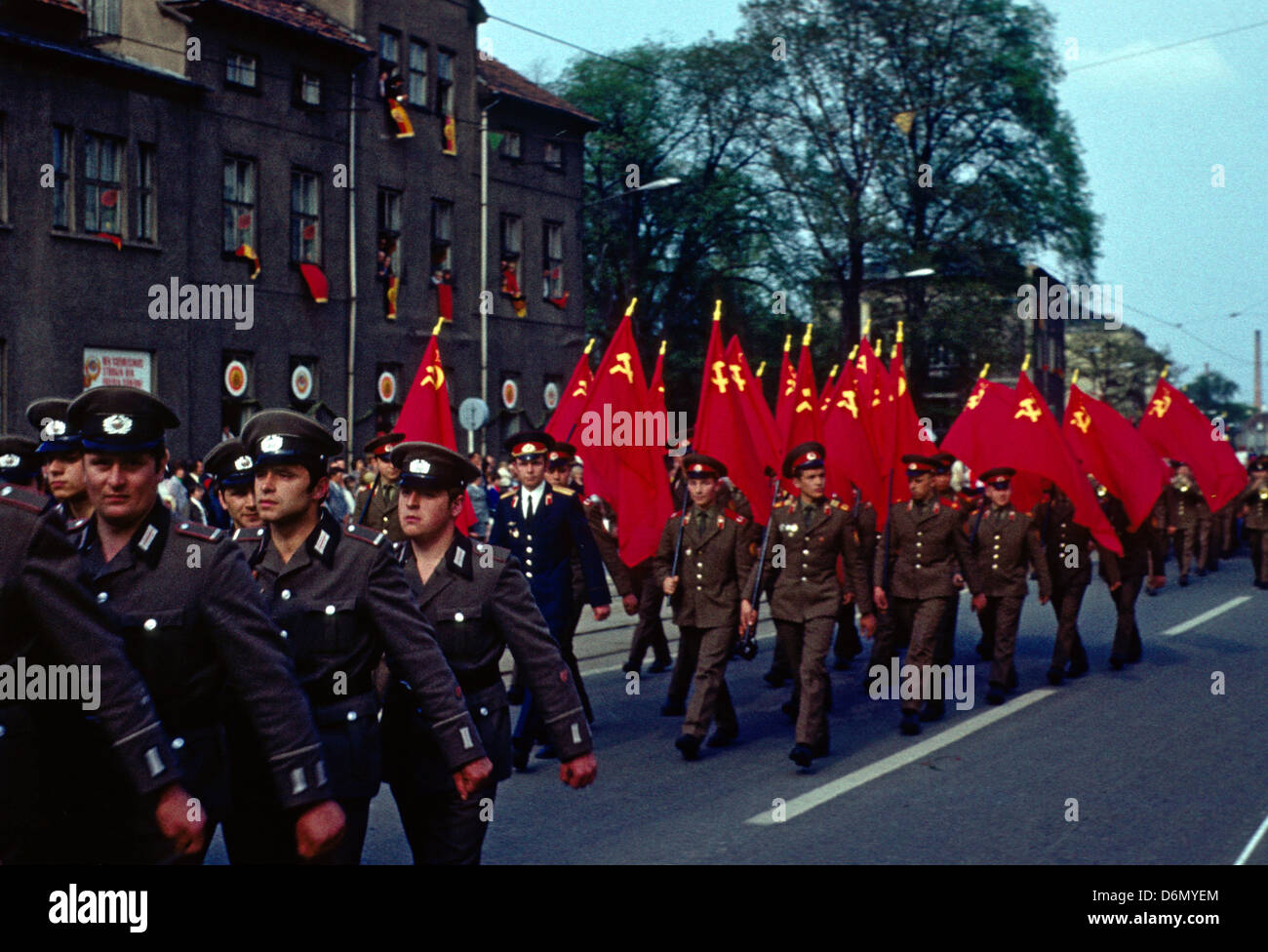 Gotha Ddr Nva Soldiers And Soldiers Of The Soviet Union