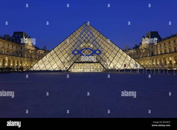 Entrance Pyramid Architect . Pei Mus Du Louvre