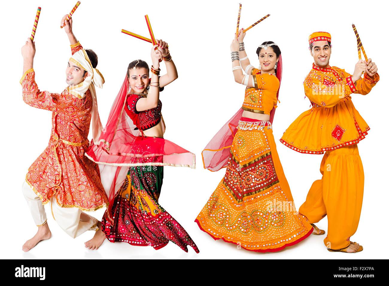4 Indian Rajasthani And Gujrati Couple Navaratri Dandiya Dance Stock Photo 87858018 Alamy