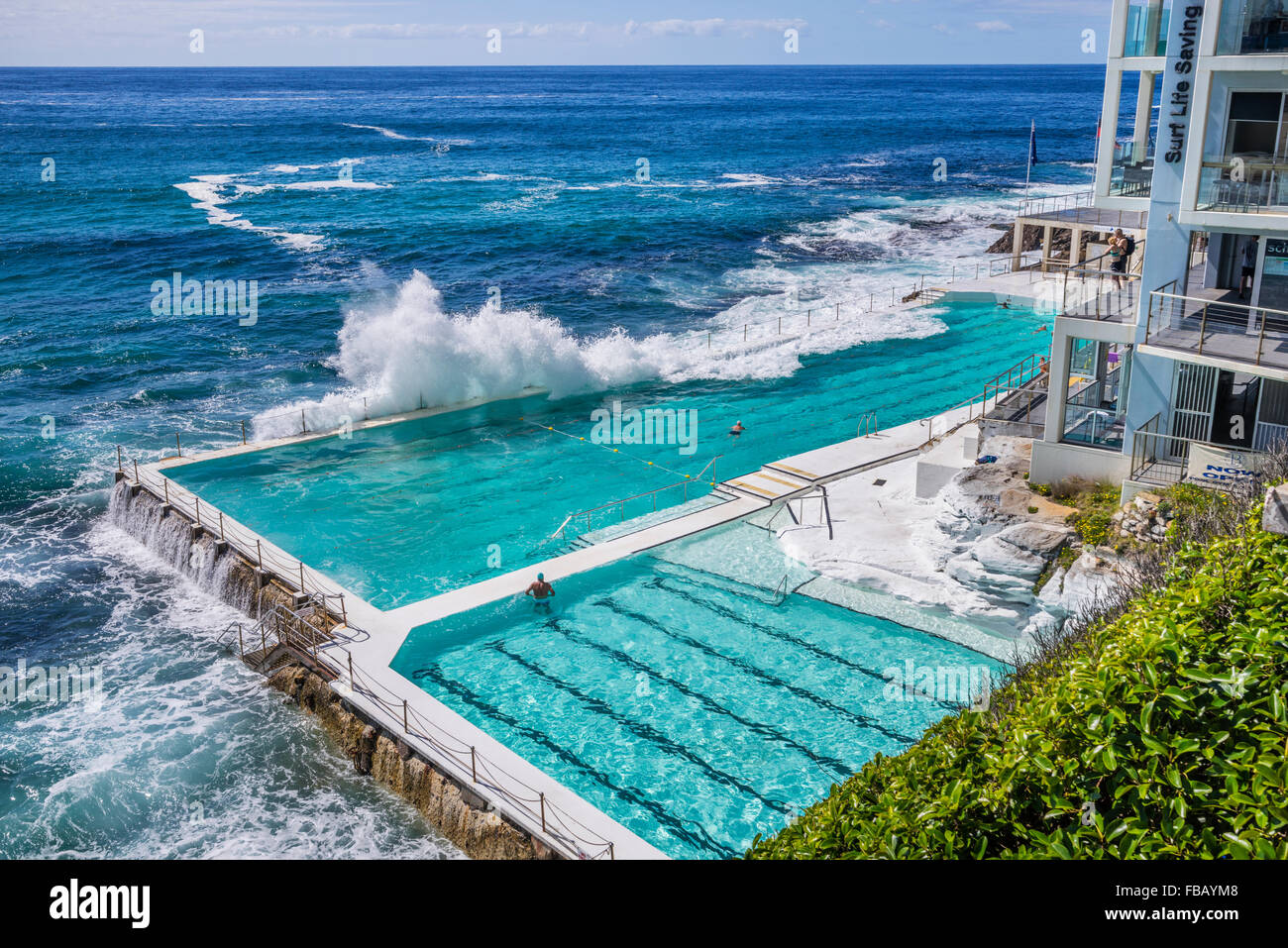 waves crashing into the swimming pool of the Bondi Icebers