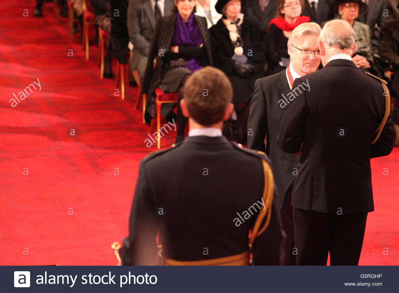 Investitures at Buckingham Palace Stock Photo