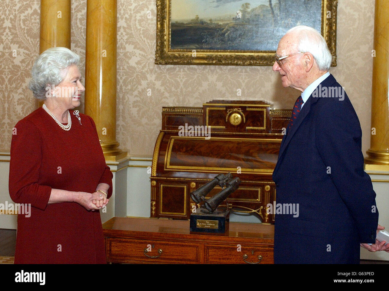 Queen & Sir Peter O'Sullevan Stock Photo