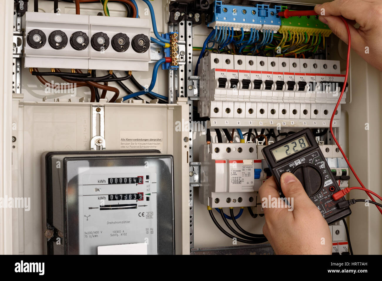 hight resolution of fuse wire stock photos fuse wire stock images alamy holden astra ah fuse box location