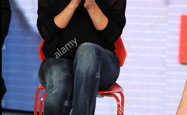 Lucia Ocone Celebrities Appear On Italian Tv Show Quelli