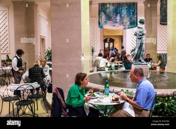 National Restaurant Stock & - Alamy