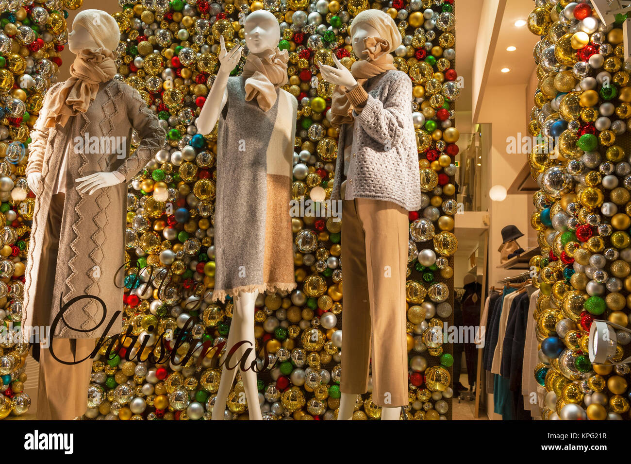 Christmas Decoration In Shop Window Stock Photos