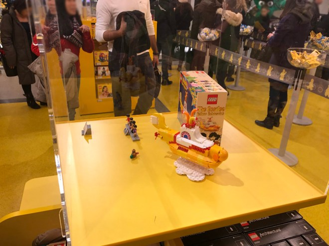 the-lego-shop-leicester-square-london-4