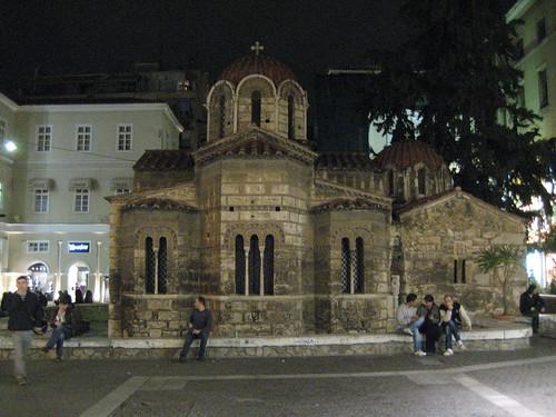 Iglesia Kapnikarea en Monastiraki. ViajerosAlBlog.com.