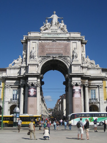 Arco Triunfal de Rua Augusta en la Plaza del Comercio. ViajerosAlBlog.com.