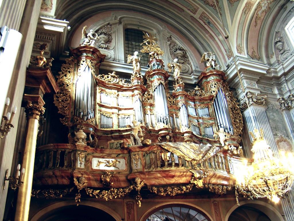Polonia Iglesia de Santa Ana Varsovia 09